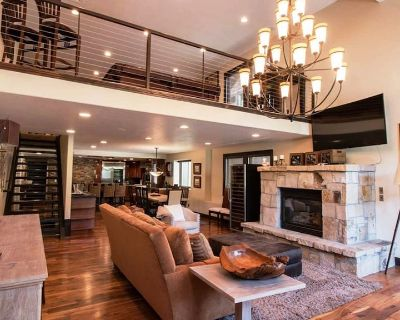 Luxury Ski Home with Spa Room and Elevator - Park City