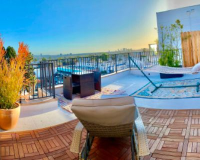 Private Hollywood Office inside Pent House - Open Roof Top & Skyline, Los Angeles, CA