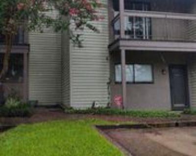 110 110 W Bayou Parkway 702, Lafayette, LA 70503 2 Bedroom House