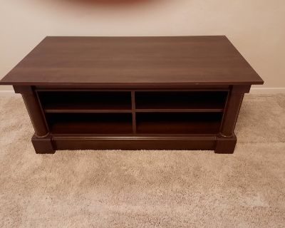 beautiful cherry wood color tv stand