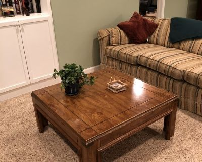 MATCHING OAK COFFEE TABLE, END TABLE & SOFA TABLE