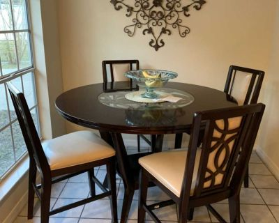 Kitchen or Dinning Room Table Set