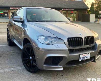 2012 BMW X6 M Standard