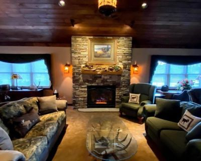 MC1-RELAXING SUITE LOCATED IN DOWNTOWN BLAKESLEE - Tobyhanna Township