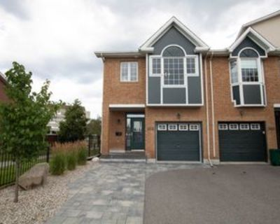 303 Freedom Private, Ottawa, ON K1G 6W3 3 Bedroom House
