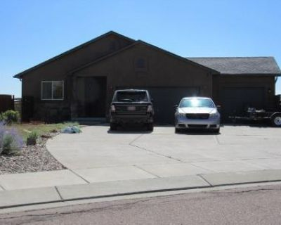 5 Bed 3 Bath Preforeclosure Property in Colorado Springs, CO 80915 - Buffalo Prairie Ct