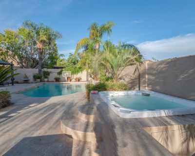 RESORT HOME IN PRIME LOCATION+HOT TUB+FIRE PIT+HEATED POOL+POOL TABLE & MORE - Kierland