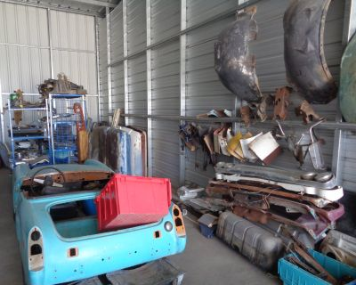 Storage auction full of classic car parts
