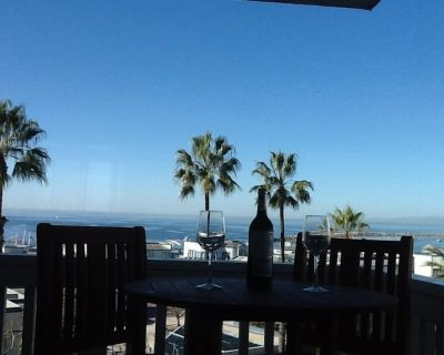 Fabulous Ocean Front Condo Totally Remodeled. - South Redondo