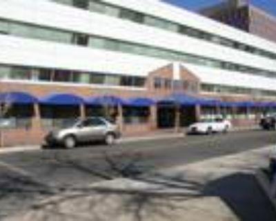 Albuquerque, Multiple suites in various sizes - including