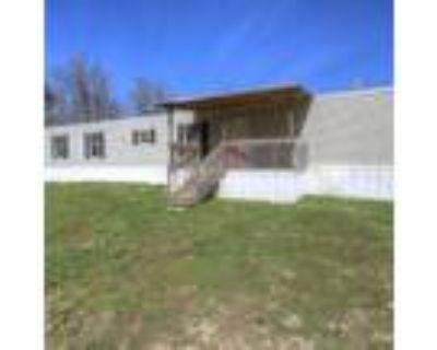 KY, WELLINGTON - 2013 DOMINATOR EARNHARDT single section for sale.