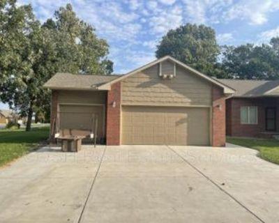 406 N Colorado Ave, Colwich, KS 67030 3 Bedroom Condo