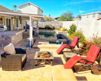 Unique Modern Single Family Home located 5 miles from the Las Vegas Strip, Las Vegas, NV