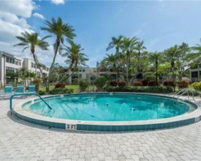5959 Winkler Rd #103, McGregor, FL 33919 2 Bedroom Condo