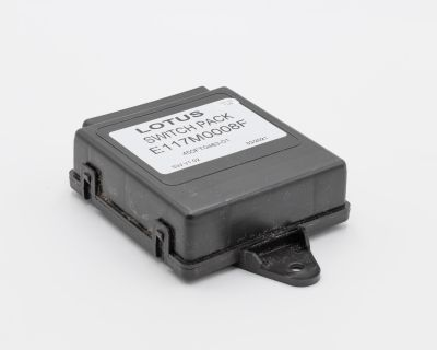 wanted:  lotus elise switch pack module
