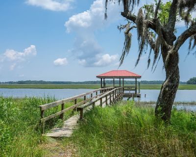 Private Deep Water Dock, Near Beaufort, PI and Beach. - Ladys Island