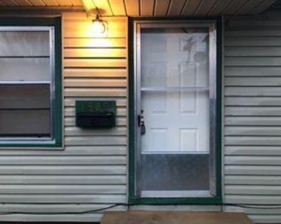1909 N Jeanette Ave, Wichita, KS 67203 2 Bedroom Condo