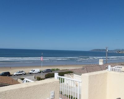 271 Wadsworth: 2 BR, 1.5 BA Townhouse in Pismo Beach, Sleeps 6 - Downtown Pismo Beach