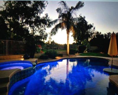 Backyard Oasis-Pool, Hot Tub, Putting Green, Ocotillo Golf Discount - Ocotillo