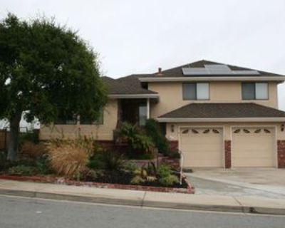 227 Elaine Way, Pismo Beach, CA 93449 3 Bedroom Apartment