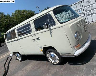 1969 VW Westfalia Bus