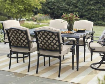 ISO patio table set!