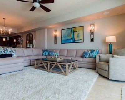 Stunning and Luxurious....Professionally decorated! - Orange Beach