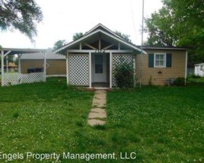 702 S High St, El Dorado, KS 67042 1 Bedroom House