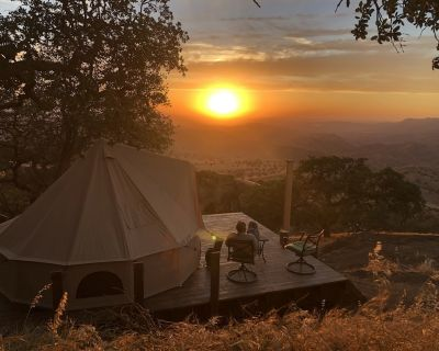 Sunsets, Railways, Mountains, Fresh Air and Star-filled Night Skies - Caliente