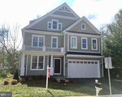 8402 Radford Ave, Mount Vernon, VA 22309 5 Bedroom House