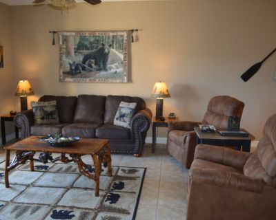Beautiful Luxury Comfortable Condo in Great Location with Mtn Views & Great Beds - Pigeon Forge