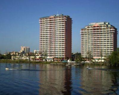 Resort Condo With 1 Bedroom 2 Bathroom With Full Kitchen Sleep 6 Full Waterfront - Orlando