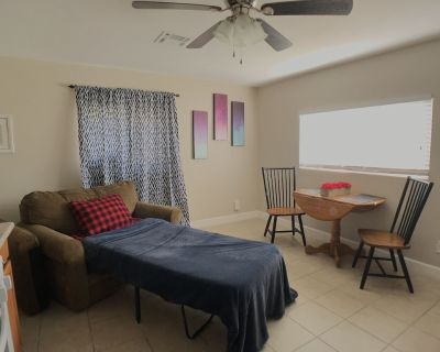 KING BED, Fast Wifi & Private Parking - Redlands