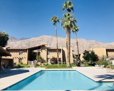 Updated 2 bed/2 bath Ground Level steps to pool and tennis courts - Baristo