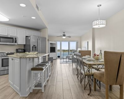 Yacht Club Dream (Luxury Sound Front Condo) - Carteret County
