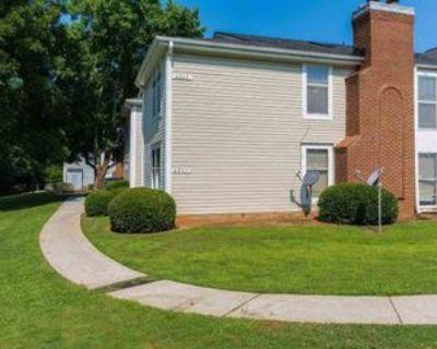 4265 Parkview Ct, Stone Mountain, GA 30083 2 Bedroom Condo