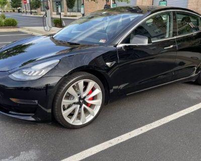 2019 Tesla Model 3 Performance
