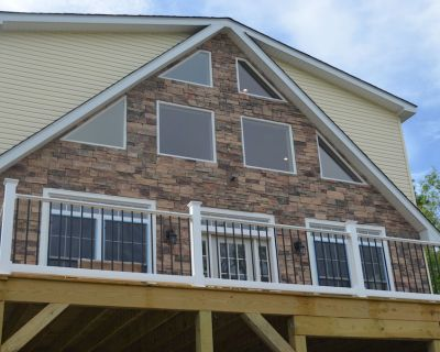 Brand New Premium Pocono Luxury home - steps away from Lake/close to attractions - Albrightsville