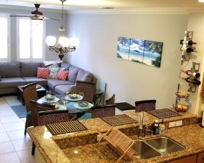 2 B 2B Beautiful, Pool, Gym, Clean, Private Jacuzzi, Upgraded - Waterstone
