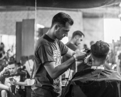 Best Men's, Womens and kids haircut in Arlington Heights