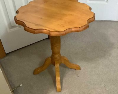 Country Charm Side or Accent Table