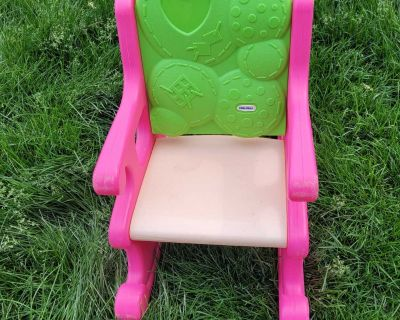 Toddler chair. GUC