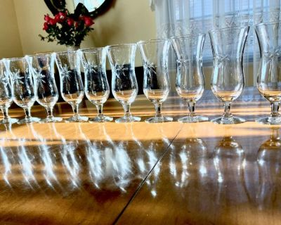 Set of 10 Mid Century Retro Atomic Starburst Etched Parfait Glasses