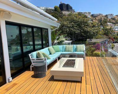 3b / 3b Luxury Oceanview Home in Malibu (1,915 SQ FT) - Pacific Palisades