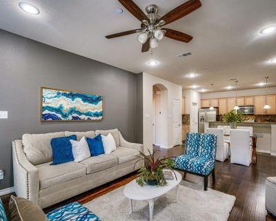 950 Henderson St #1220, Fort Worth, TX 76102
