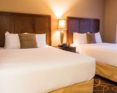 Orlando's Sunshine Resort, Orlando, Florida, 2 Bedroom Suite - Florida Center