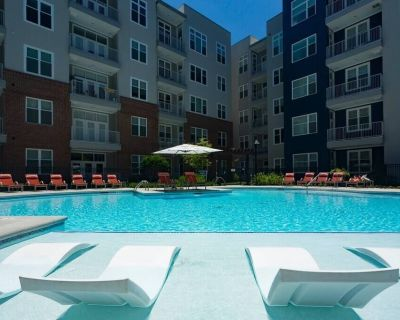 Kasa | Atlanta | Modern 2BD/2BA Buckhead Apartment - Buckhead Heights