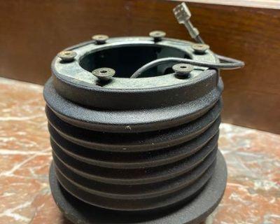 MOMO C230 steering wheel adapter