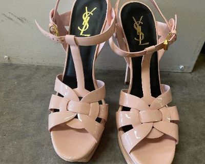 Arcadia Designer clothing shoes and jewelry