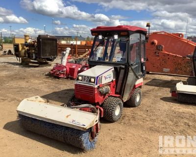 2018 (unverified) Ventrac 4500Z AWD Articulated Snow Removal Tractor
